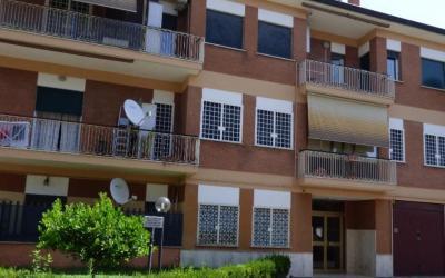 292019 Via del Casale Agostinelli Ampio trilocale zona Morena
